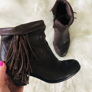 Sam Edelman | Louie Fringe Leather Bootie